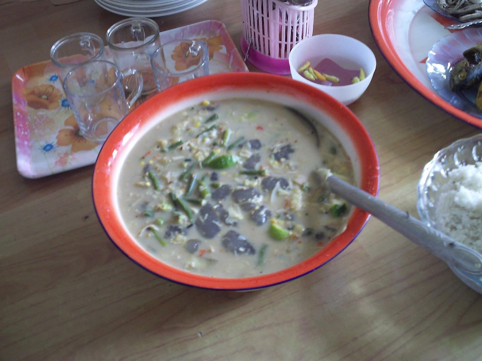 makanan khas orang luwu palopo ini namanya bugalu atau biasa juga