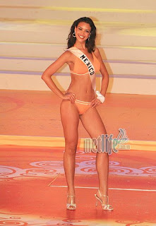 """Queen of Vinpearl"" Miss Mexico Elisa Najera"