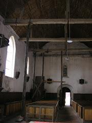 Vue de la nef étayée