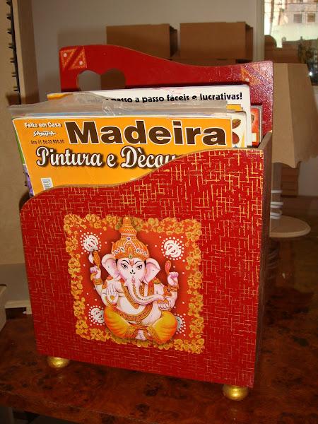 Revisteiro Indiano - R$ 40,00