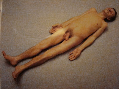 Esto está muerto Pap%C3%A1+muerto-Ron+Mueck