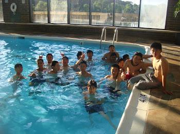 Após o treino fizemos relaxamento na piscina do hotel (Hidroginástica)