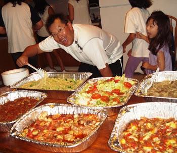 O Técnico como Nutricionista das Crianças, e as Mães que estão fazendos as refeições