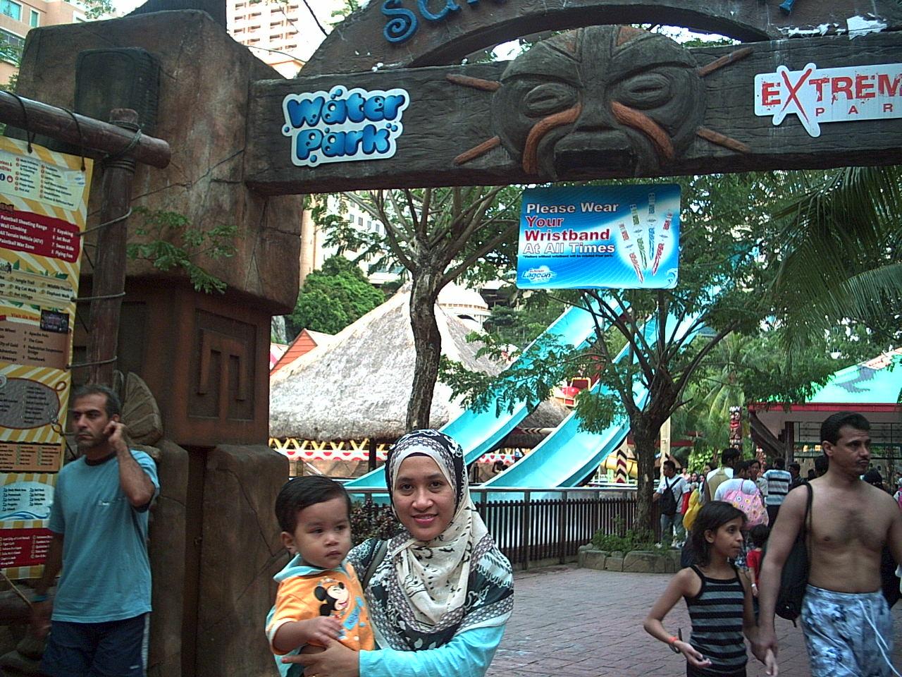 Theme park di subang jaya apa yang ada di sunway lagoon entahlah yang
