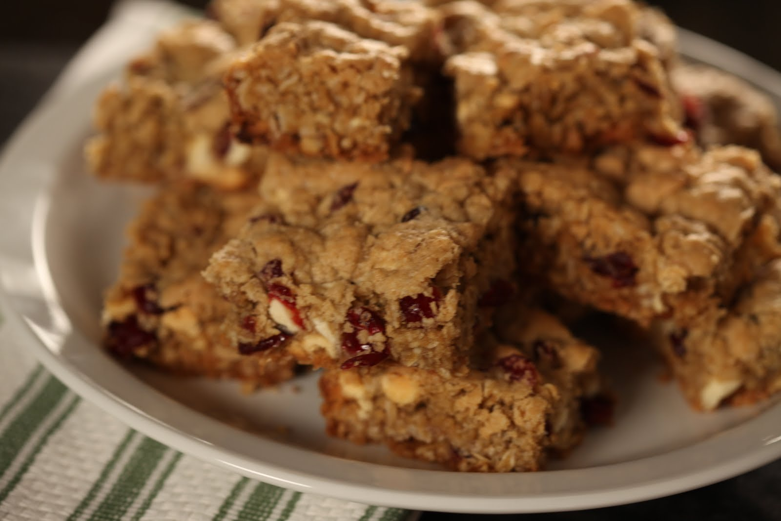 Bo's Bowl: Oatmeal Cranberry White Chocolate Chip Cookie Bars