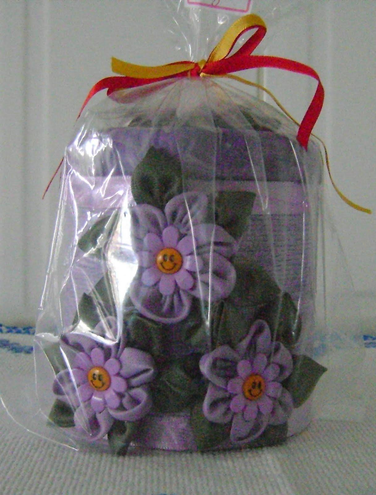 http://2.bp.blogspot.com/_UG3IfqLXa68/TBaWiqHfwlI/AAAAAAAAATU/UyuBAeT39pM/s1600/artesanatos+1+051.jpg