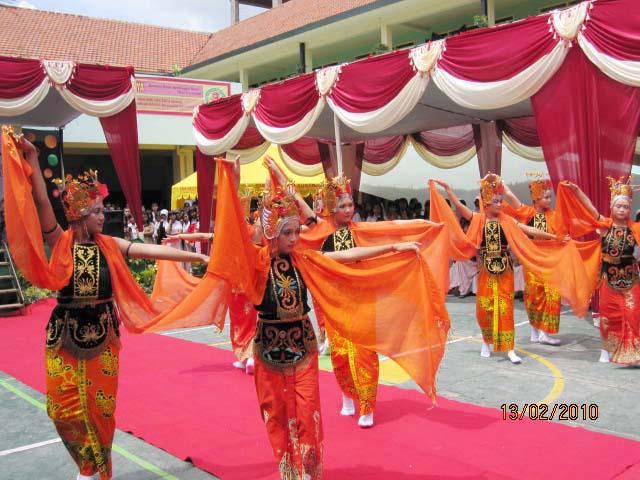 Aktifitas SMK N 4 Surabaya