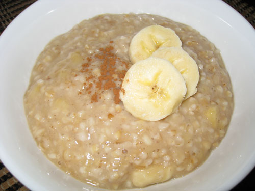 Banana and Cinnamon Oatmeal