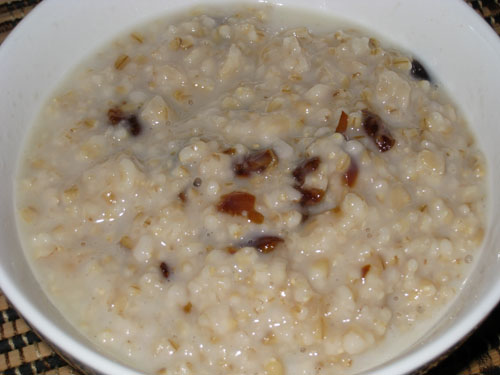 Honey and Dates Oatmeal