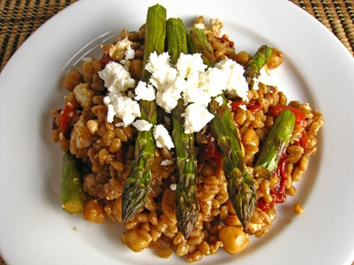 Roasted Asparagus And Red Pepper Farro Salad Recipe — Dishmaps