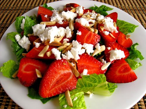 الفراولة وسلطة فيتا_Strawberry and Feta Salad - الفراولة ...