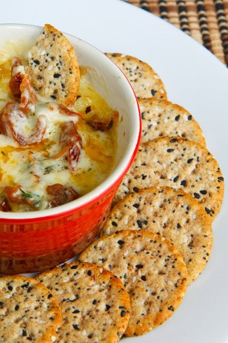 Baked Brie with Sundried Tomatoes