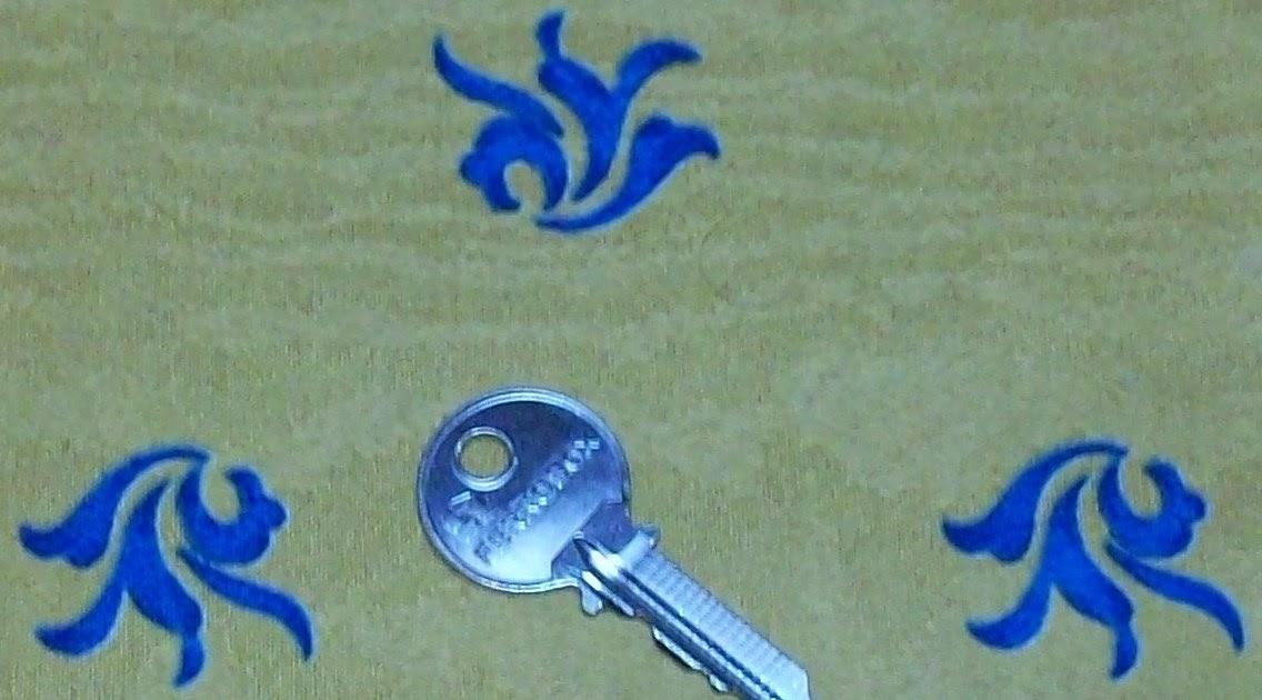 La llave que abre y nunca cierra en el bosque de la for Llave de regadera no cierra