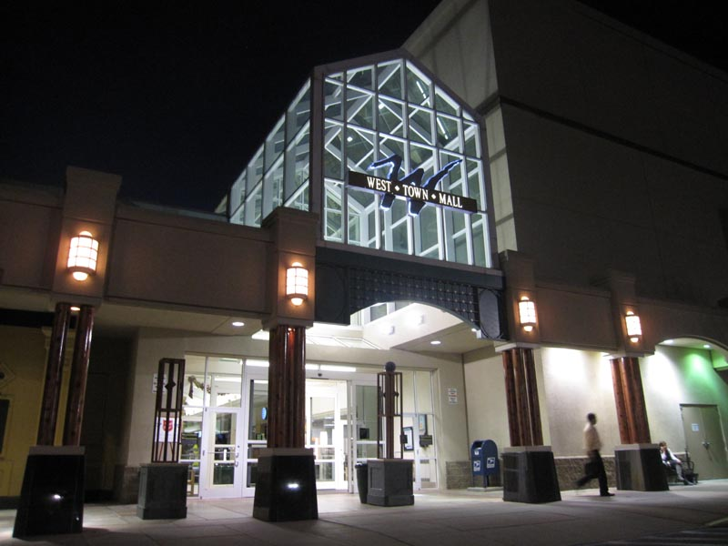 Movie times, buy movie tickets online, watch trailers and get directions to AMC CLASSIC Foothills 12 in Maryville, TN. Find everything you need for your local movie theater near you.