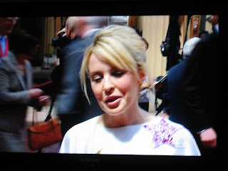 Kylie Minogue receives OBE from Prince Charles