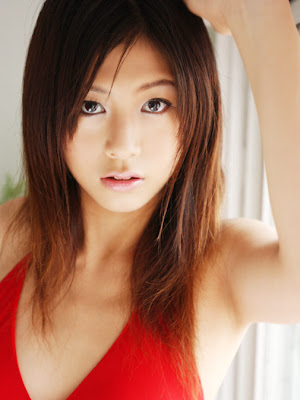 Yuka Kosaka : Sexy Asian Model