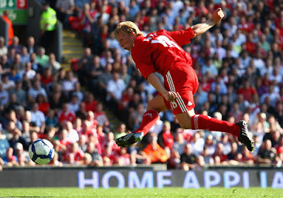 Dirk Kuyt of Liverpool scores his team's second goal