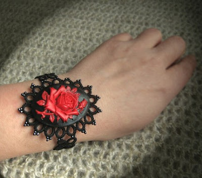 tatting bracelet tatted jewelry