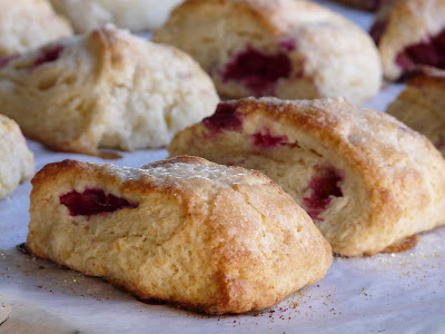 Thibeault's Table: Mini Raspberry Scones