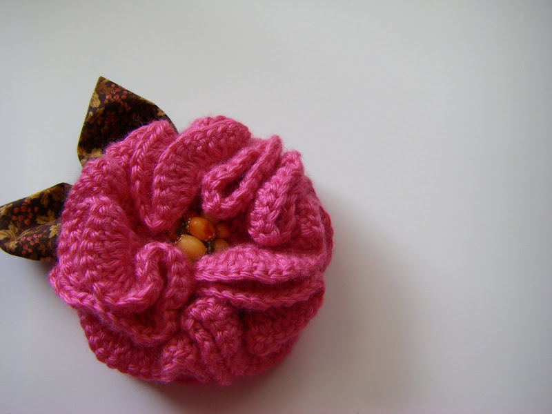 Rose Buds. Crochet Brooch Free pattern for Kids  Adult | My