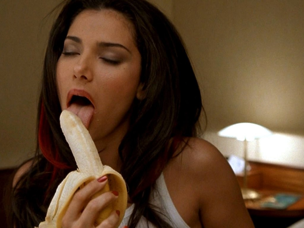 girls eating bannana Eva Longoria Eating Banana
