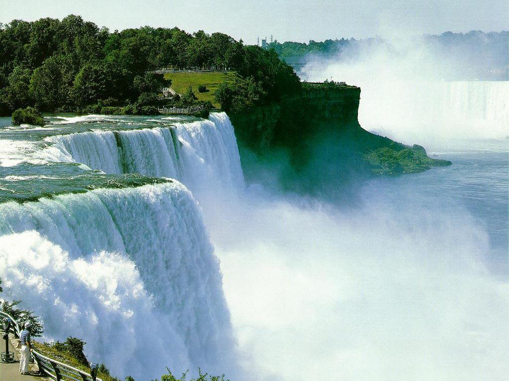 http://2.bp.blogspot.com/_URtyl92x-ls/TTbqrHzyWUI/AAAAAAAAACU/EozkQ4uPlWA/s1600/amazing-waterfall-wallpaper.jpg