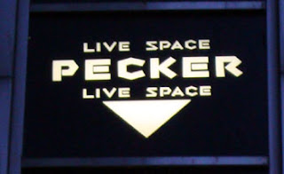 Pecker Live Space
