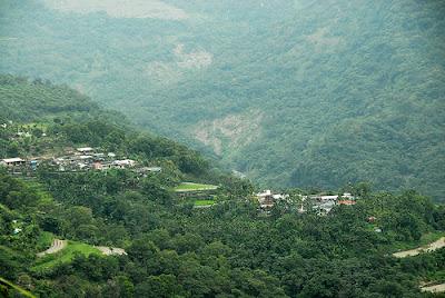 海拔八百公尺的德文部落,位於屏東三地門