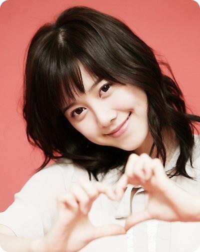 una nueva primavera comienza con una linda sonrisa  20081005-Goo_Hye_Sun_0
