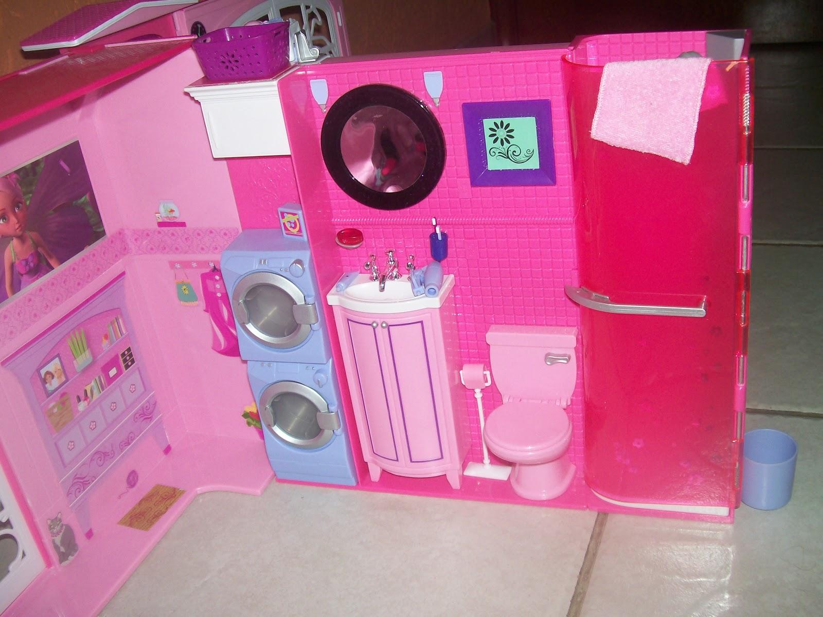 Brincando de Barbie: Casa da Barbie 2009 #C20973 1600x1200 Banheiro Da Barbie Lojas Americanas