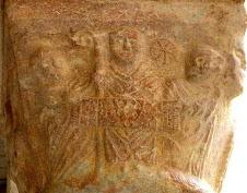 Abbate Wilhelmus  Aprilis Stoffensi Domi ,il con il pastorale ,ostenta la sindone(Avril de Saint Ge