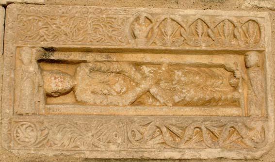 Sarcofago di Federico VI  Avril de Saint Genis o  Sancta Propago Stauferis