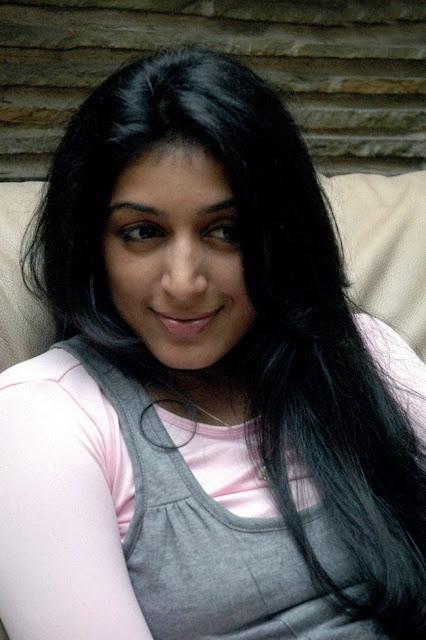 Actress Padma Priya Still 8