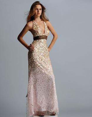 http://2.bp.blogspot.com/_U_GidWZS57U/SSLOMwDOlWI/AAAAAAAADYY/-W8ZUHkCJ7o/s400/prom-dresses-09.jpg