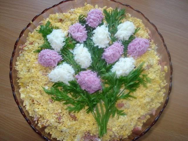 Красивое украшение салатов