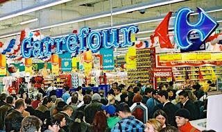La Carrefour se vinde la negru