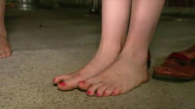 Kari Byron Feet, Legs And Shoes Photos