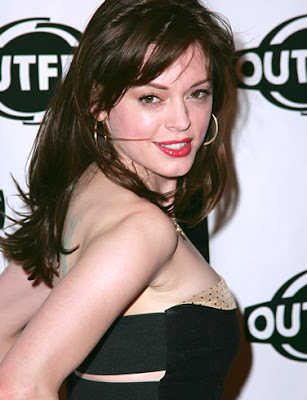 Rose McGowan Bra Size | Hot Bra Size Celebrities C Cup Breast Celebrities
