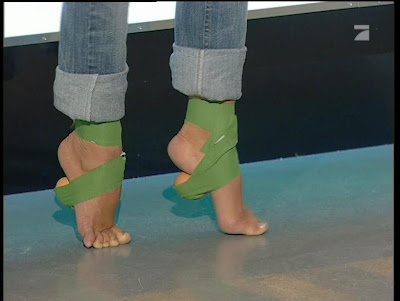 Carpendale feet annemarie Annemarie Warnkross