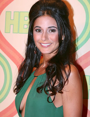 Tall Is Emmanuelle Chriqui Height 5 Feet 3 Inches Emmanuelle Chriqui