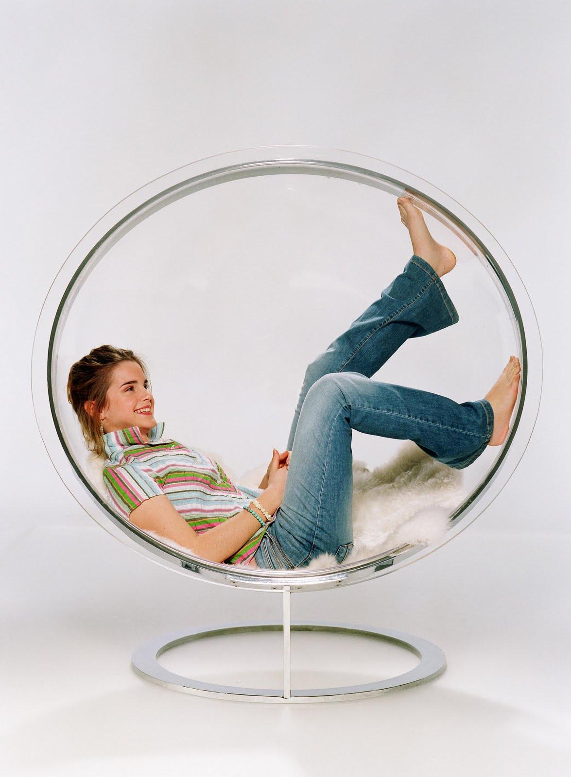 http://2.bp.blogspot.com/_UaLWp72nij4/S7w_DWxSIJI/AAAAAAAAGmo/q70o7QoY3R4/s1600/emma-watson-feet-2.jpg