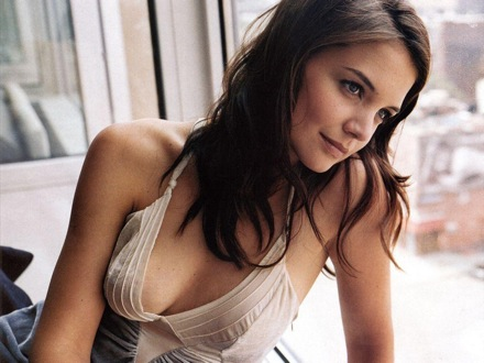 Katie Holmes Bra Size C Is Am Amazingly Cute American