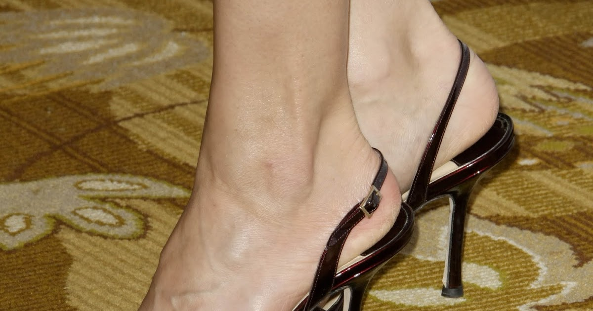 Jennifer morrison feet