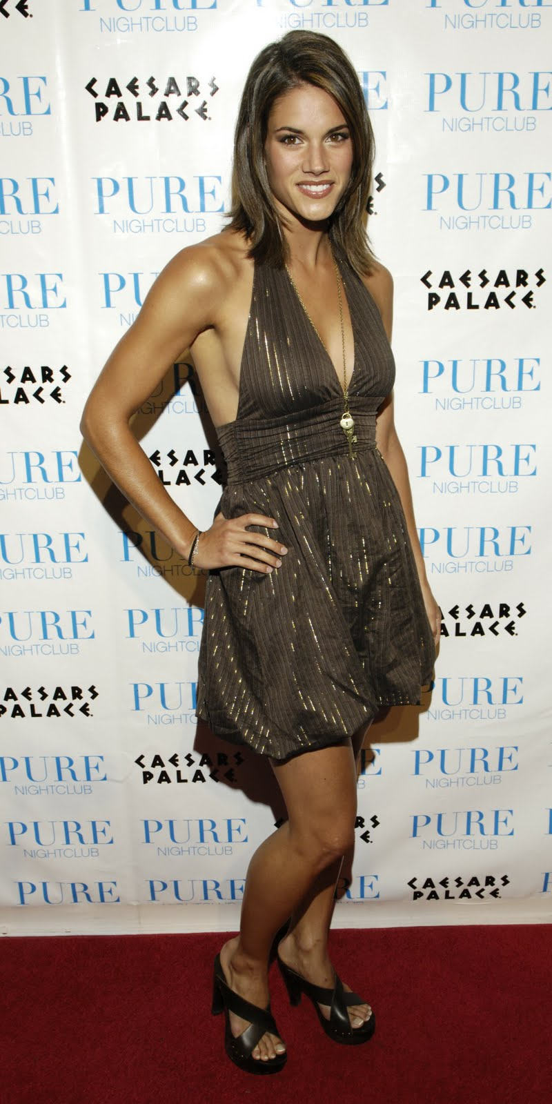 Missy Peregrym Is A Sexy Canadian Actress And Former Fashion Model Featured In The Television Series Heroes And Reaper