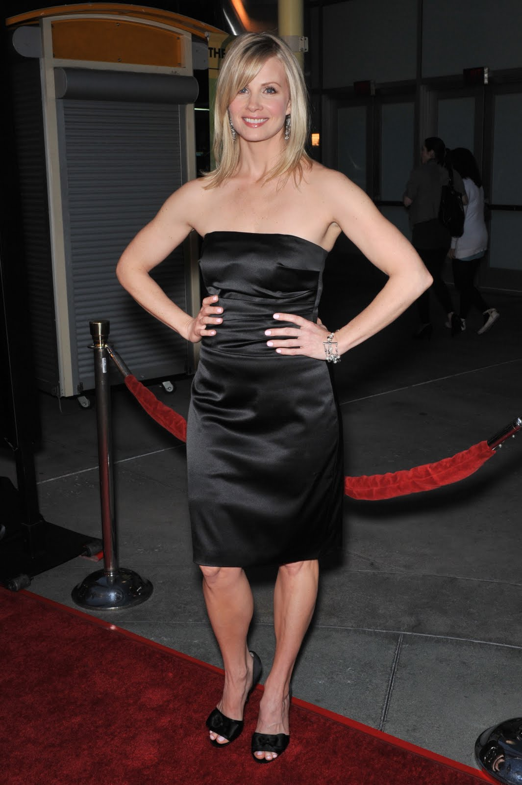 Monica Potter Feet, Legs And Shoes Photos