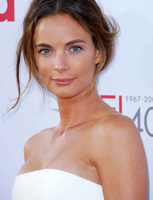 Gabrielle Anwar Bra Size, Celebrity Breast And Cup Size
