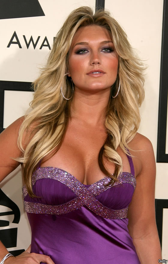 Brooke Hogan Height - How Tall Is