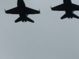 2 jets on the fly over