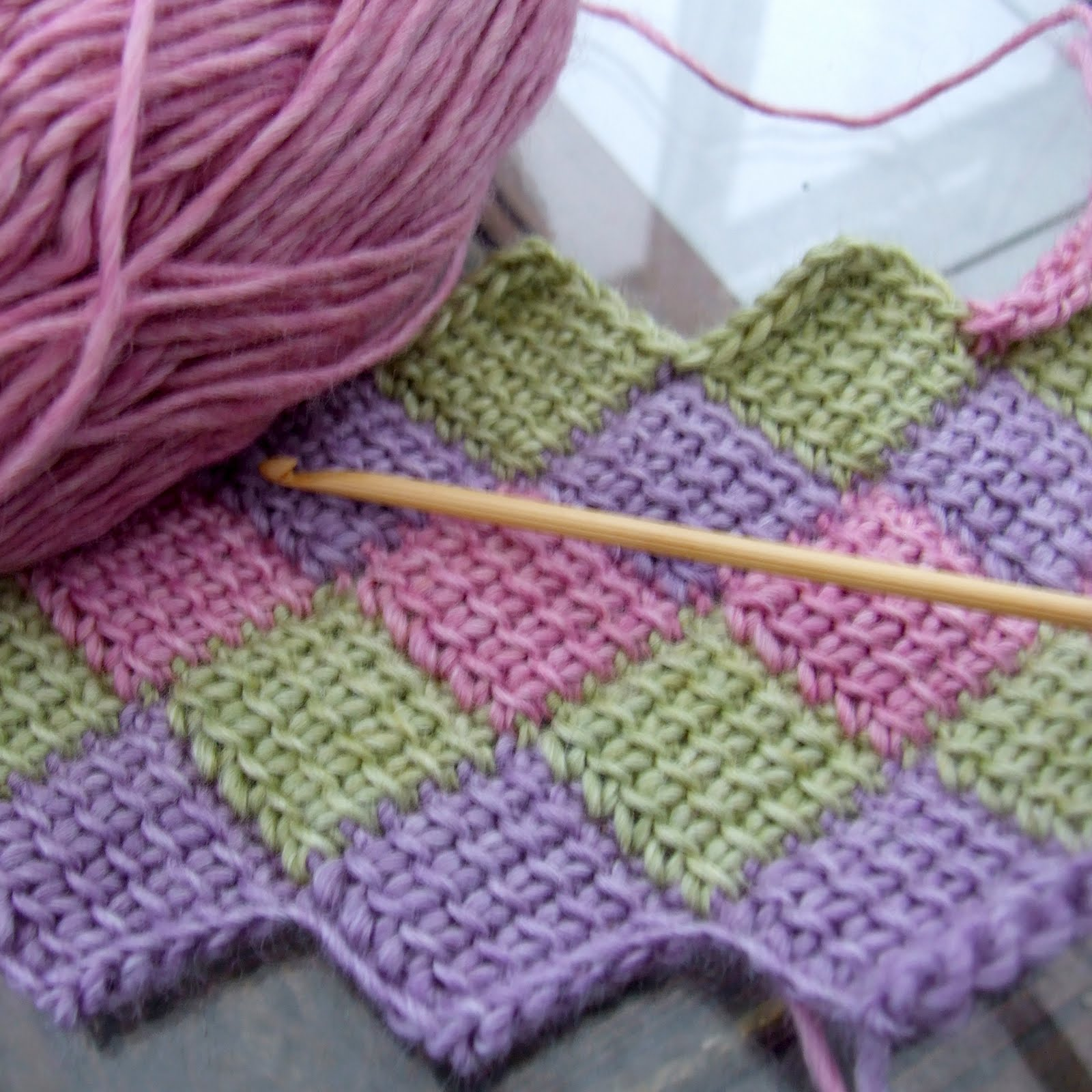 Crochet Entrelac : ... crochet entrelac gloves. I began crocheting straight away and here is