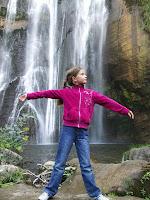 Das Ixi-Kind und der Wasserfall